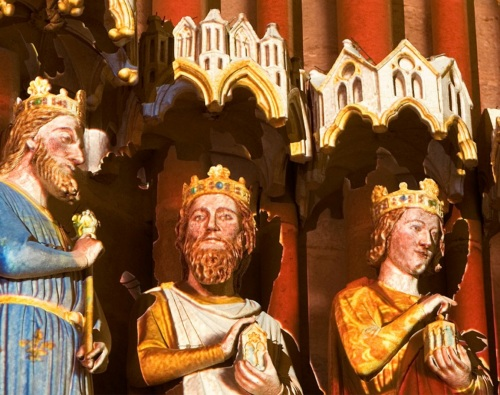 Amien cathedral light show detail of kings