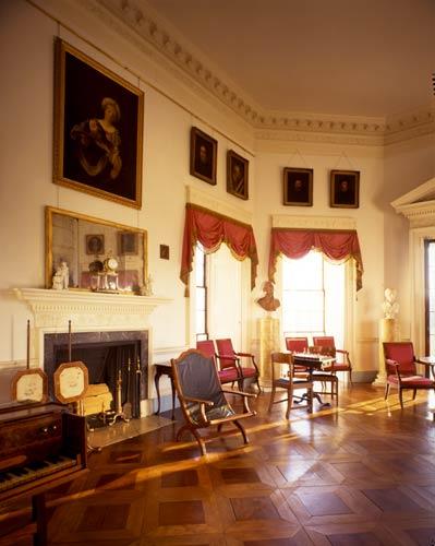 Monticello parlor
