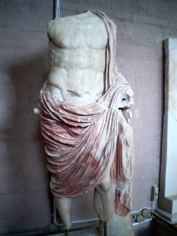 Painted ancient Roman general statue in Corinth