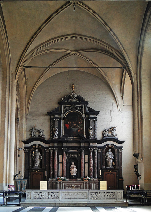 Side chapel containing Michelangelo's Madonna of Bruges in The Church of Our Lady, Bruges