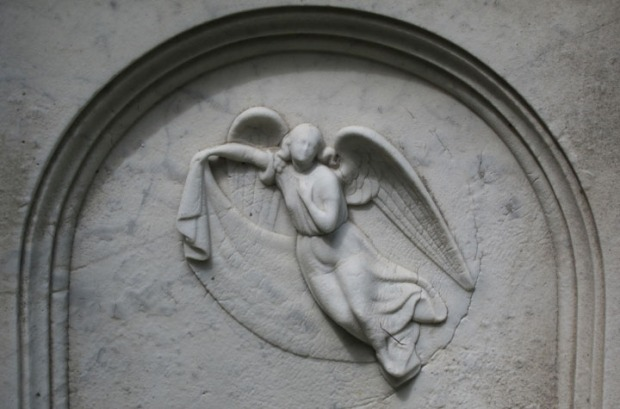 angel relief gravestone, Mt. Auburn Cemetery