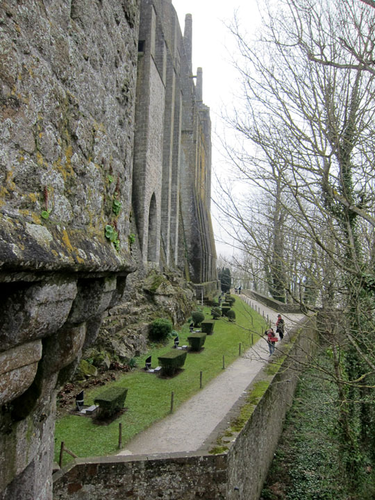 garden walls, Mont Saint-Michel