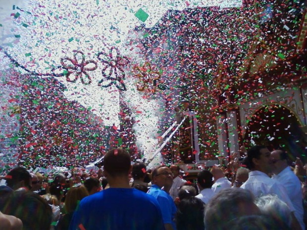 confetti, St. Anthony Festival, North End, Boston