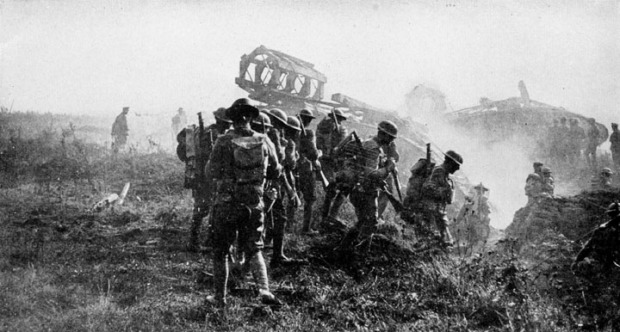 wwi troops advance