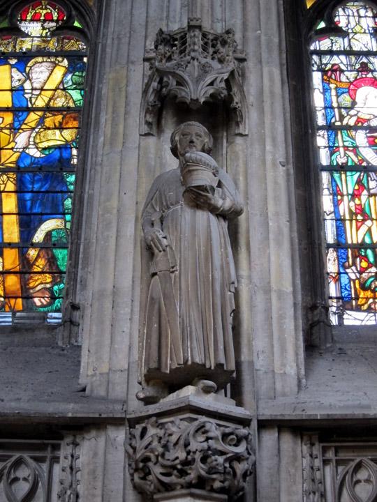 Knight Saint statue