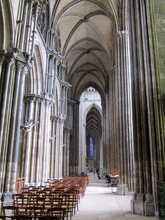 Undamaged left side aisle, Rouen Cathedral