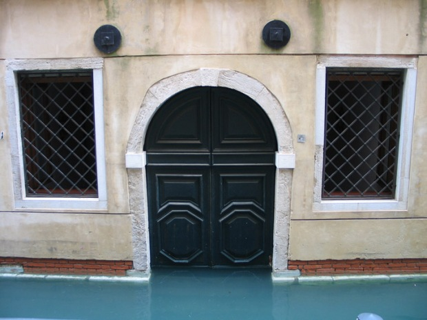 acqua alta in Venice, high tide