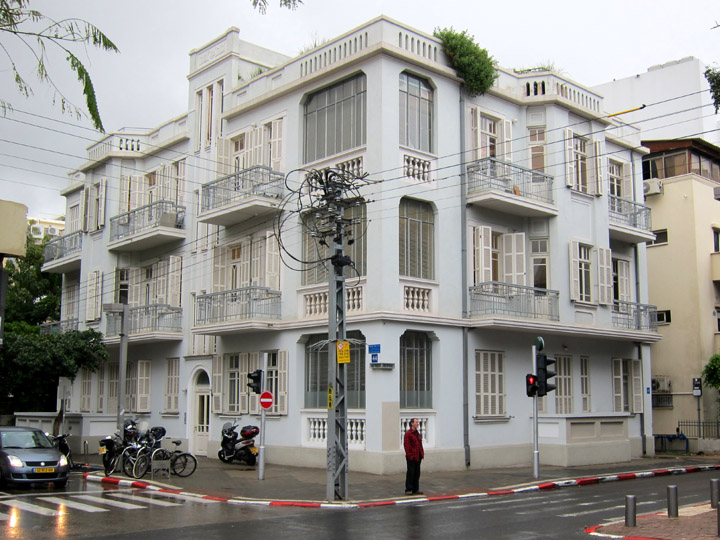 Image Result For Homes With Shutters