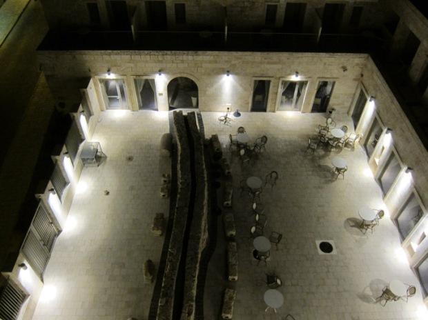 akko hotel aqueduct