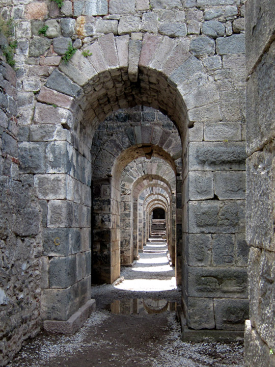 hallway Trajaneum, tunnels