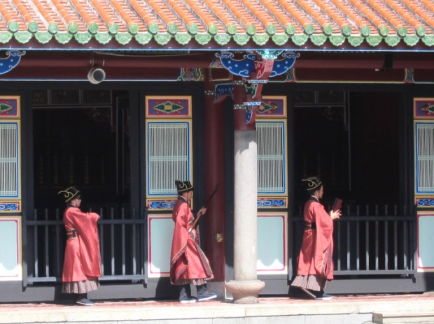 Nuns processing through the Taipei Confucius Temple.