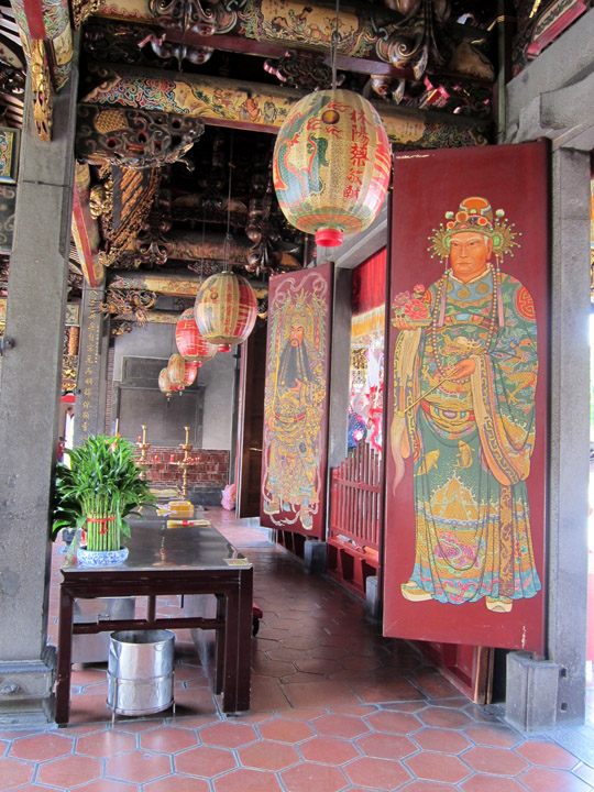 Baoan Temple, entrance
