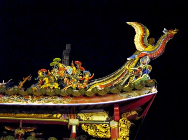 ceramic phoenix roof, Longshan Temple
