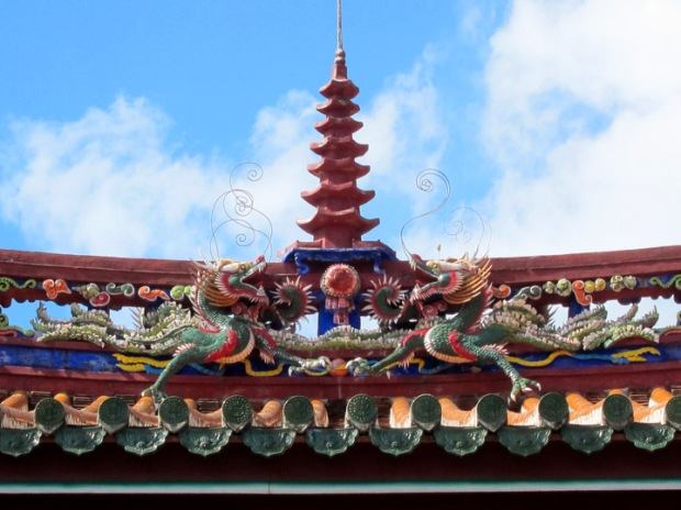 temple roof dragons
