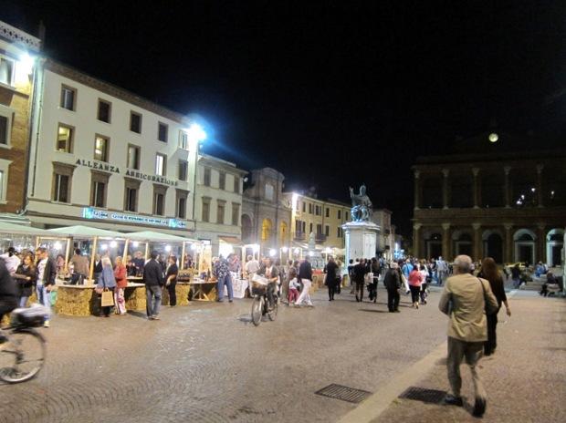 Piazza Cavour, city square Rimini