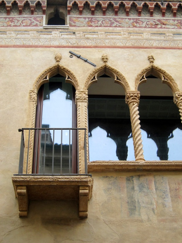 historic windows Padua