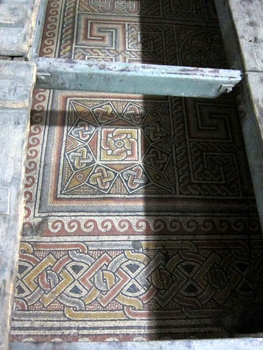 4th century mosaic flooring