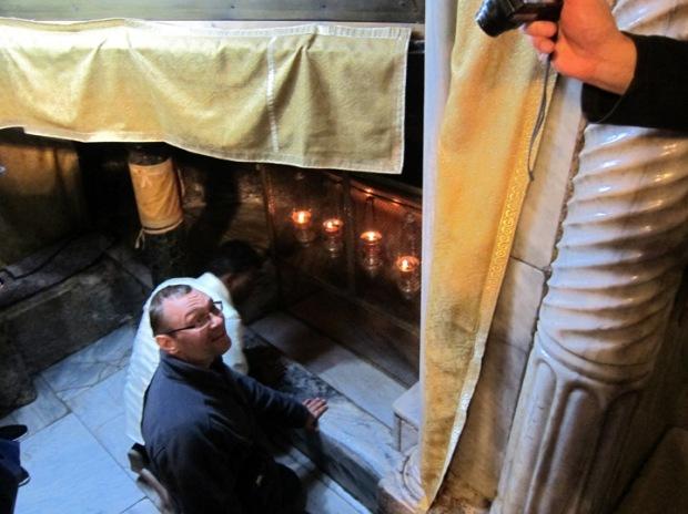 Bethlehem pilgrims, Chapel of the Manger, Grotto of the Nativity
