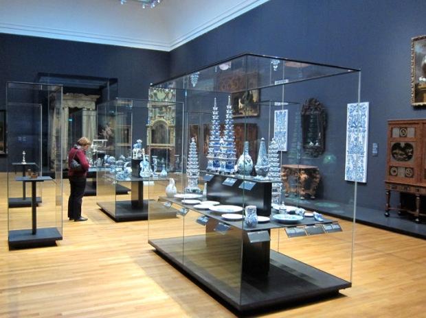 Blue ceramics and the Dutch home