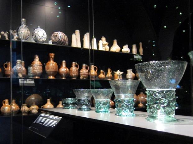 Dutch glass and pottery, Rijksmuseum basement