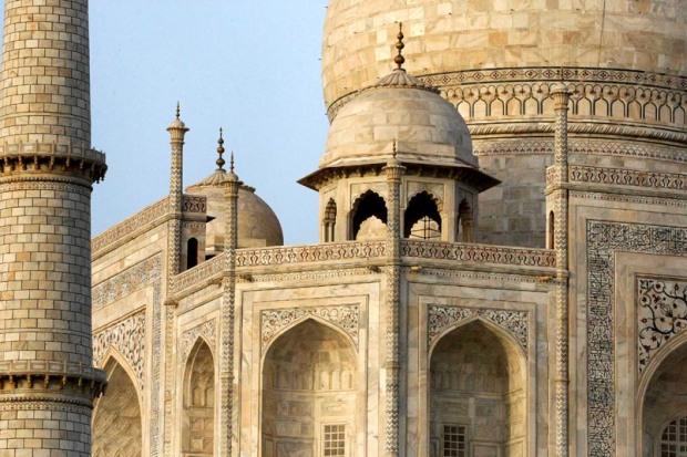 Taj Mahal outside architecture detail
