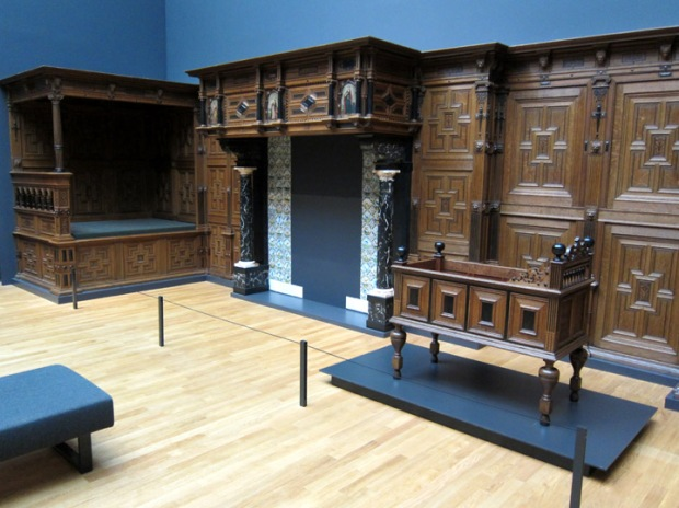 Dutch wood room