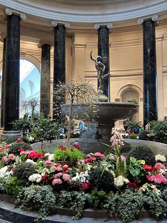 National Gallery of Art Rotunda in Spring