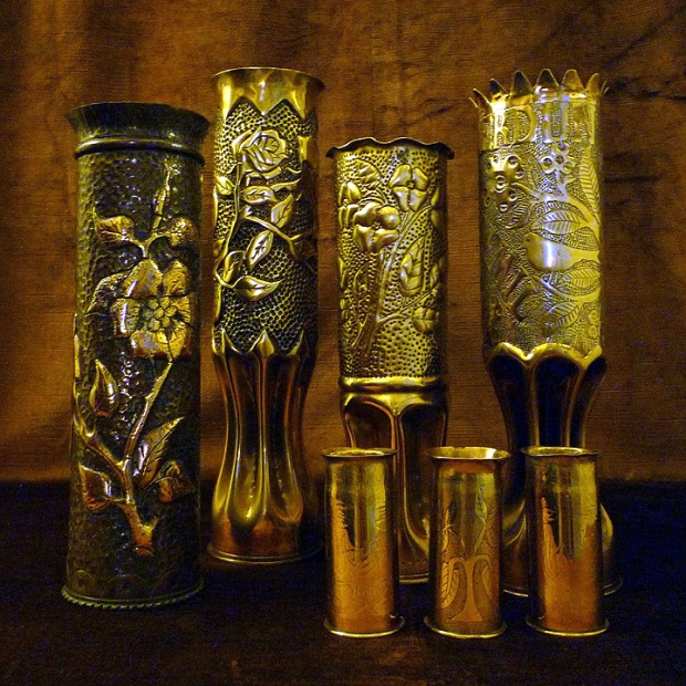 flower design World War I trnech art shells