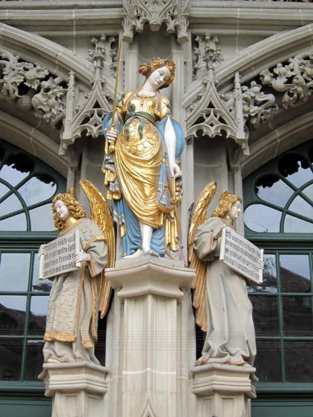 angel statues, Cathedral of Bern (Das Berner Münster)