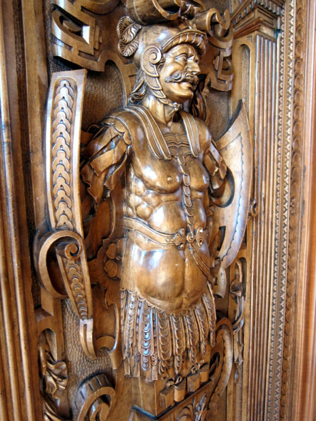 wood carving of Swiss soldier