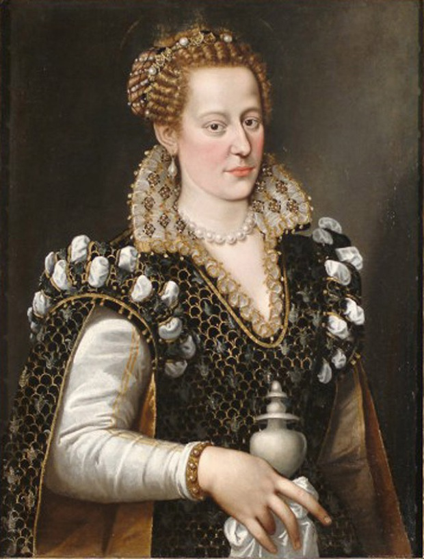 "Alessandro"" Allori's ""Portrait of Isabella de' Medici"" after treatment"